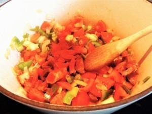 Red chicken stew (1)