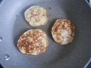 Banana Pancakes (3)