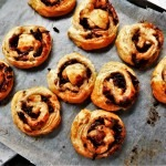 Goats cheese and red onion marmalade roll-ups